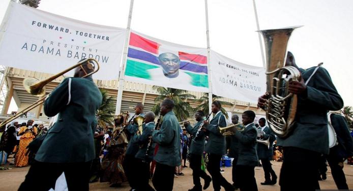 Gambie: célébration d'investiture et d'indépendance