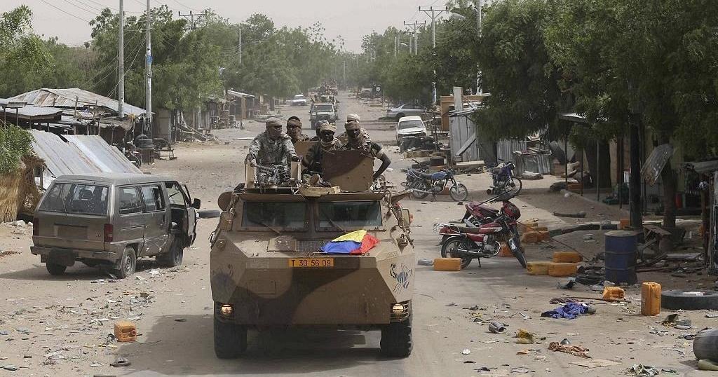 """Niger: 15 soldats tués dans une """"attaque terroriste"""" (armée)"""