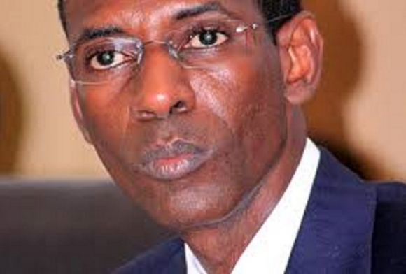Le grand bazar électoral : Le Sénégal à la croisée des chemins, ses hommes politiques aux abois