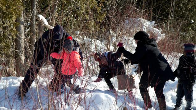 Aux USA, les clandestins cherchent des tuteurs pour leurs enfants