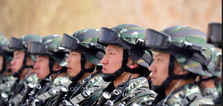 """Chine: le budget militaire en hausse """"d'environ 7%"""" en 2017"""
