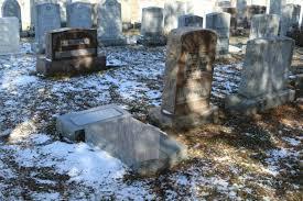 Cimetière juif à New York : ce n'est pas un acte de vandalisme, affirme la police