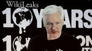 """WikiLeaks: Assange accuse la CIA d'""""incompétence dévastatrice"""""""