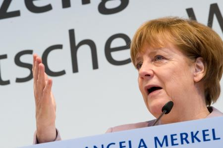 """Merkel juge les accusations d'Erdogan """"aberrantes"""" (porte-parole)"""