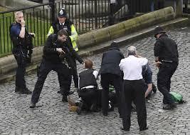 Quatre morts, une vingtaine de blessés dans l'attaque à Londres