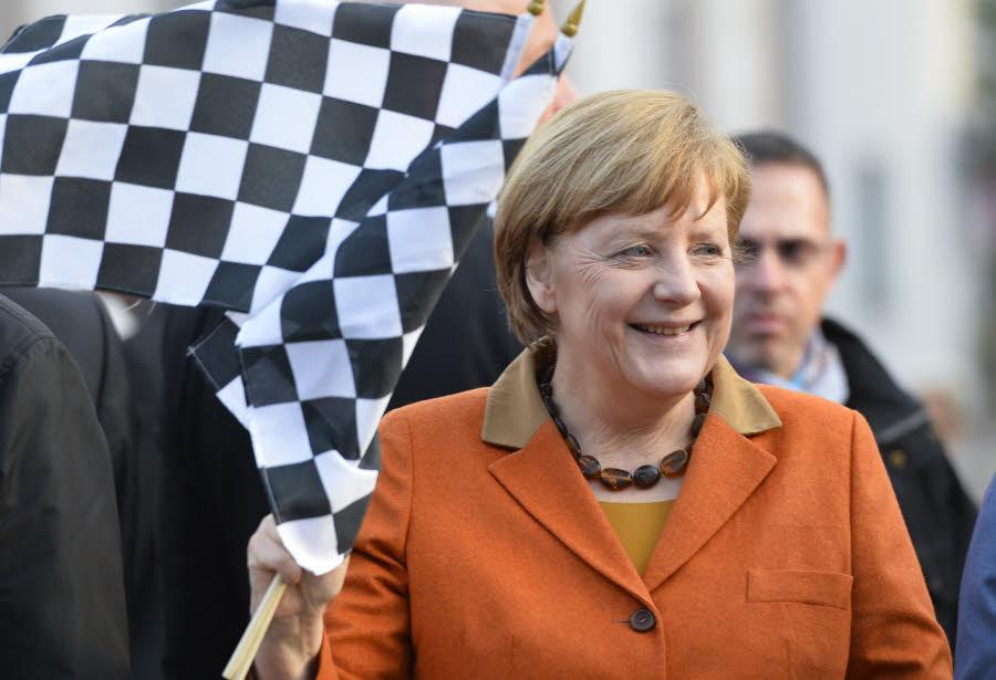 Allemagne: le parti de Merkel remporte une élection régionale test de Sarre