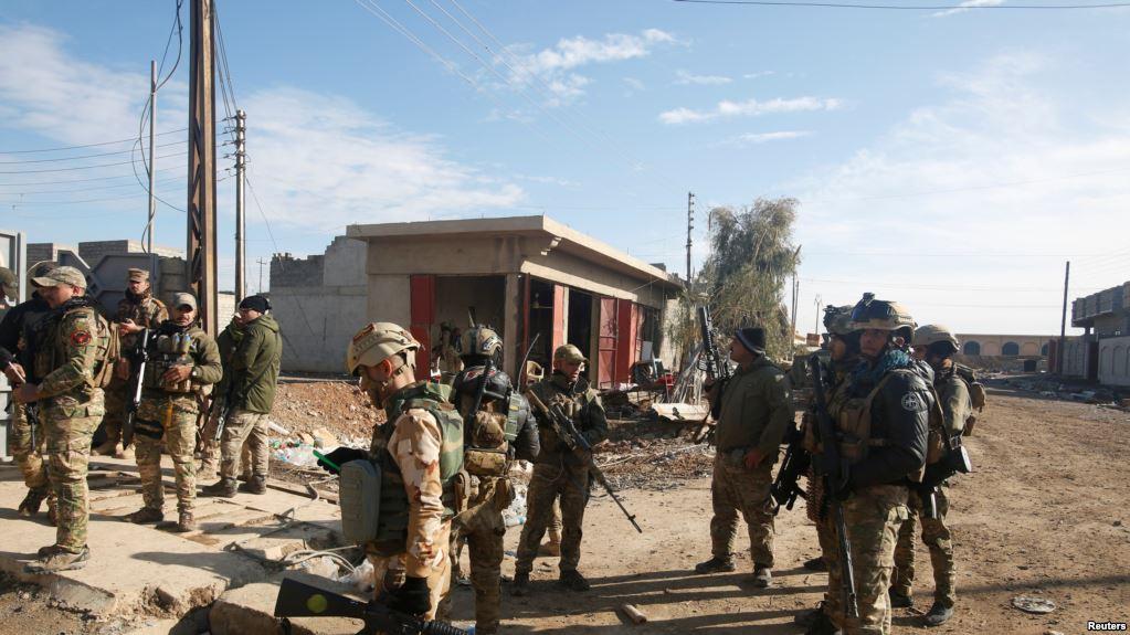 """Morts de civils à Mossoul: la coalition """"probablement"""" impliquée (général américain)"""