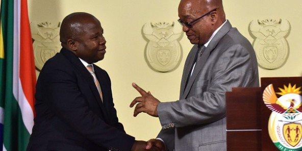 Afrique du Sud : le ministre des Finances limogé lors d'un large remaniement ministériel