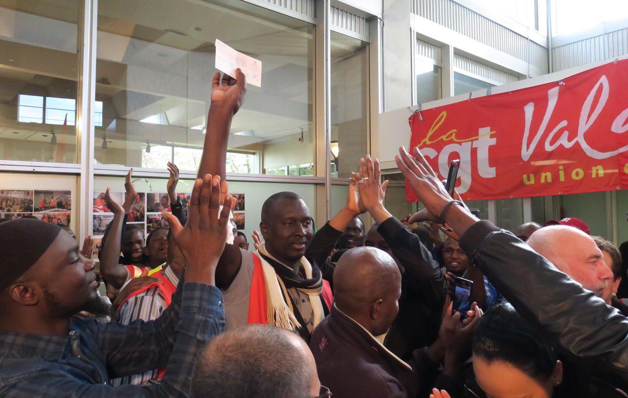 Les travailleurs sans-papiers de Rungis en grève obtiennent gain de cause