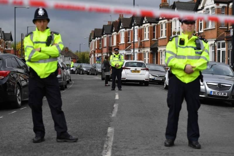 Opérations antiterroristes à Londres où la tension monte
