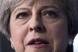 """Brexit: May qualifie de """"ragots de Bruxelles"""" des informations de presse"""