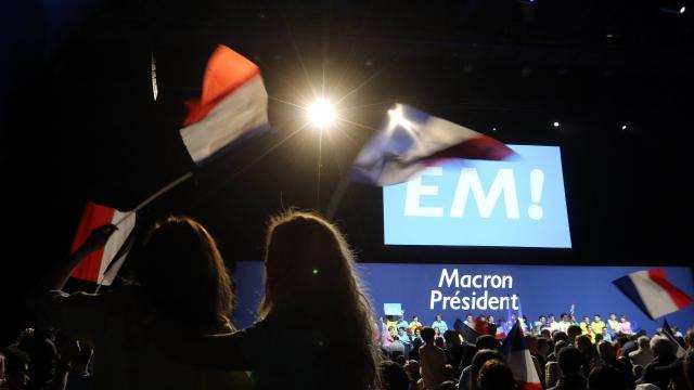 Macron aurait de 249 à 286 députés En Marche !, selon une enquête Opinionway-SLPV Analytics