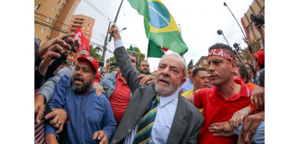 Lula face à la justice dans un Brésil divisé