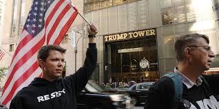 Trump destitué? Les bookmakers y croient plus que jamais