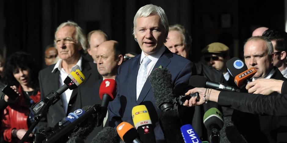 Assange: la Suède abandonne les poursuites pour viol
