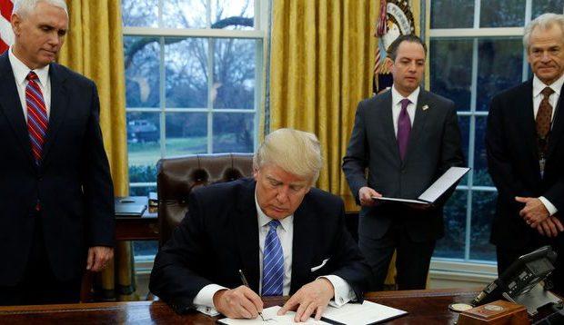 A la Maison Blanche, les conseillers de Trump ont le blues