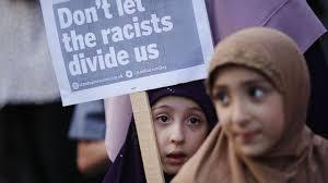Londres: l'homme qui a attaqué des musulmans poursuivi pour meurtre lié au terrorisme
