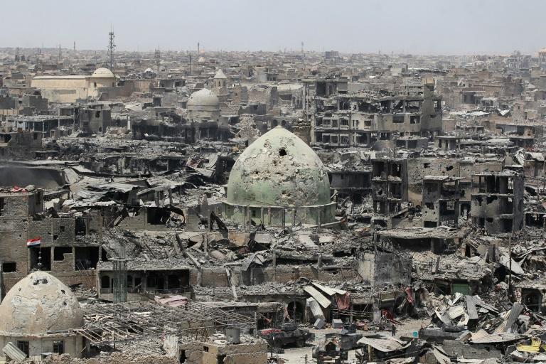 Le Premier ministre irakien met pied dans Mossoul «libérée » et en ruines
