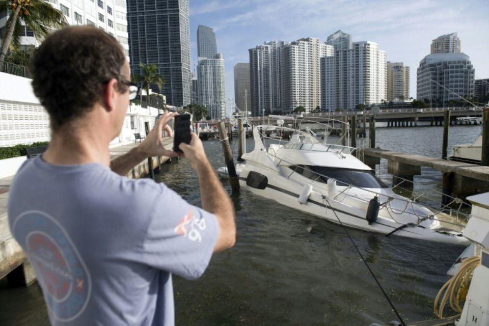 A Miami, Irma « spectaculaire mais pas catastrophique »