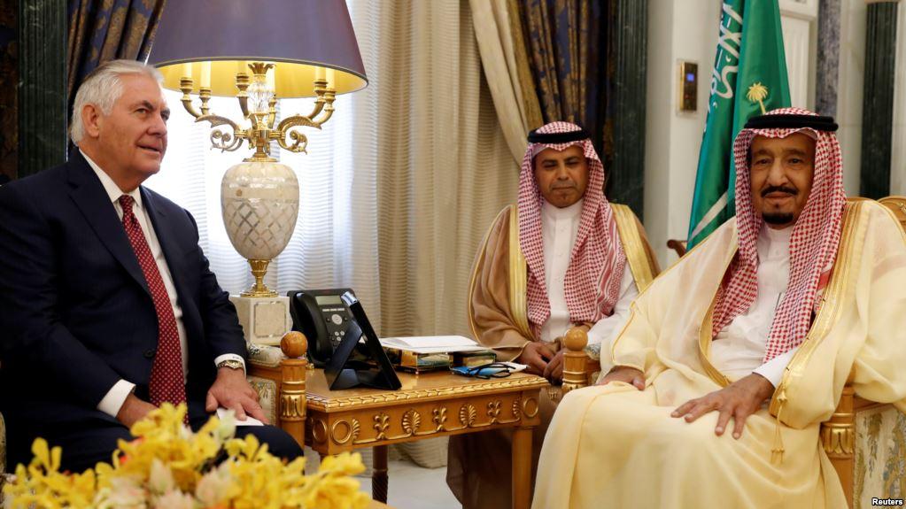 """Tillerson en mission pour """"contrecarrer"""" l'influence de l'Iran au Moyen-Orient"""