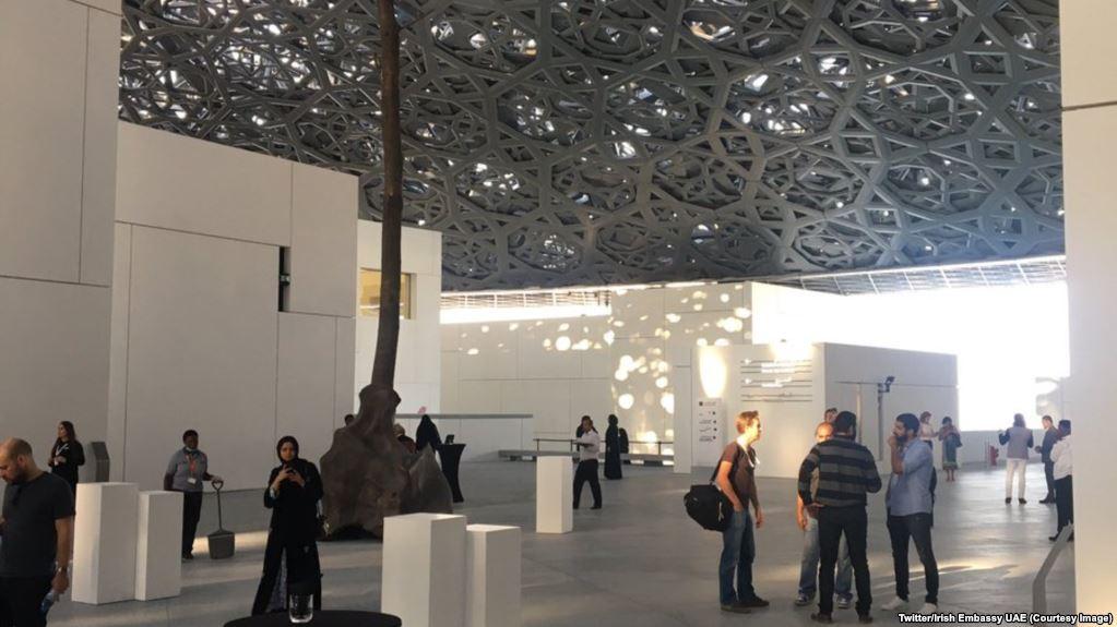 Le Louvre Abu Dhabi ouvre ses portes au public