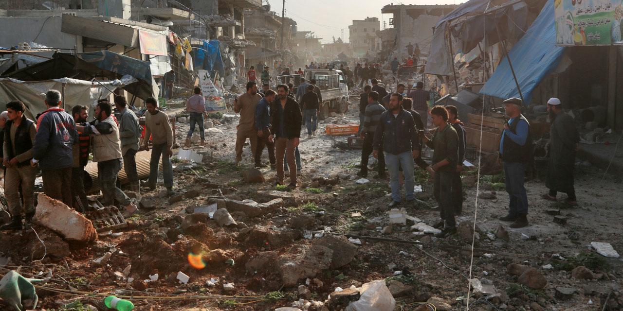 Syrie: 53 morts dans des frappes aériennes sur un marché, selon l'OSDH