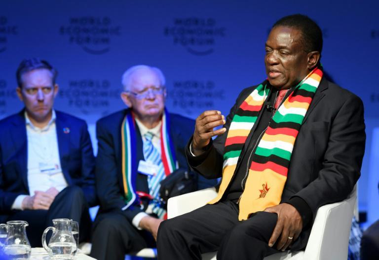 """Zimbabwe: le président annonce des élections générales """"avant juillet"""""""