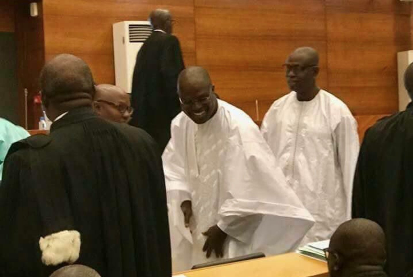 Caisse d'avance: Le coup de tonnerre sur le tribunal, l'Etat pris au piège sur les fonds politiques