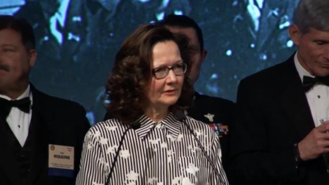 """Gina Haspel: une """"spécialiste"""" de la torture, plusieurs fois accusée, à la tête de la CIA"""