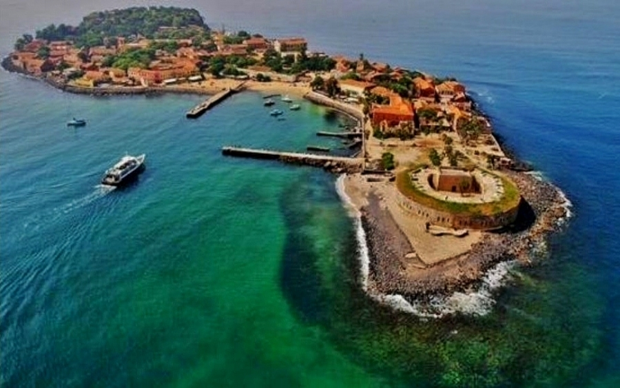 L'île de Gorée ou le symbole de la misère de l'homme noir.
