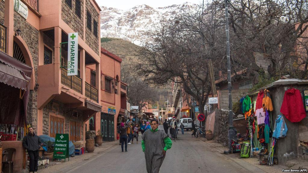 Dans une rue du village d'Imlil, au sud du pays