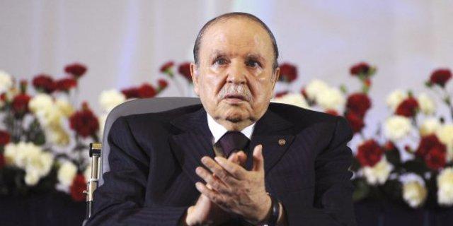 Algérie : le président Abdelaziz Bouteflika est candidat à un 5e mandat successif