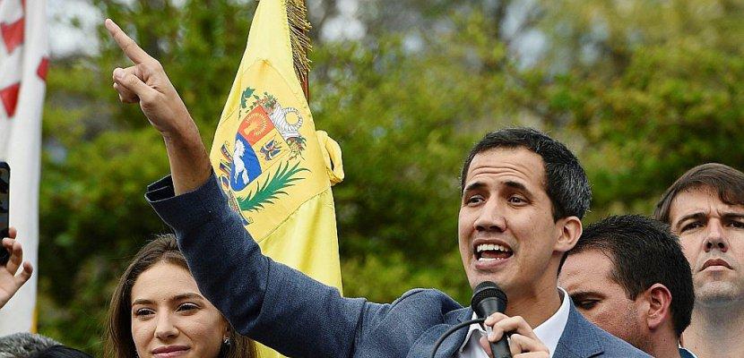 "Venezuela : Juan Guaido accuse les militaires de ""quasi génocide"""