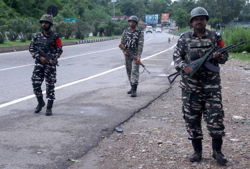 Cachemire indien: le couvre-feu sera assoupli après la fête nationale de l'Indépendance (gouverneur)