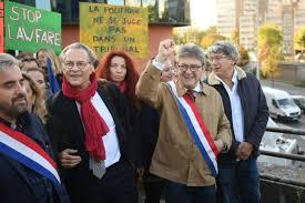 Tensions et vidéos au procès Mélenchon, jugé pour la perquisition mouvementée à LFI