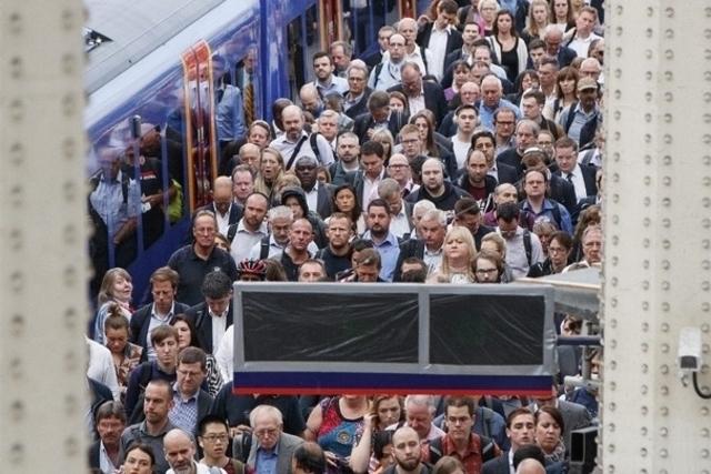 La grève sème le chaos dans la banlieue de Londres