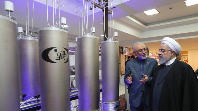 """Nucléaire iranien: Paris, Londres et Berlin exhortent Téhéran à revenir """"au plein respect"""" de l'accord (communiqué)"""