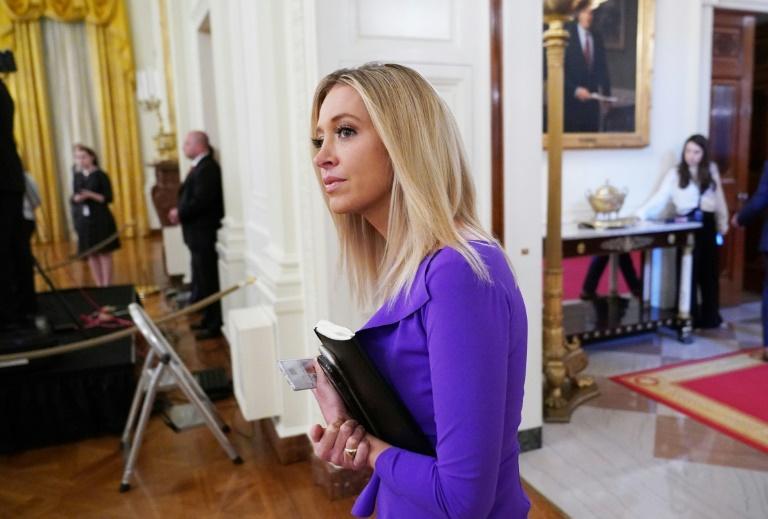La porte-parole de la Maison Blanche de retour dans la salle de presse