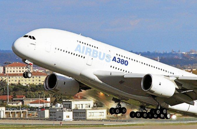 Aéronautique : le groupe Airbus annonce la suppression de 15 000 postes, dont 5 000 en France