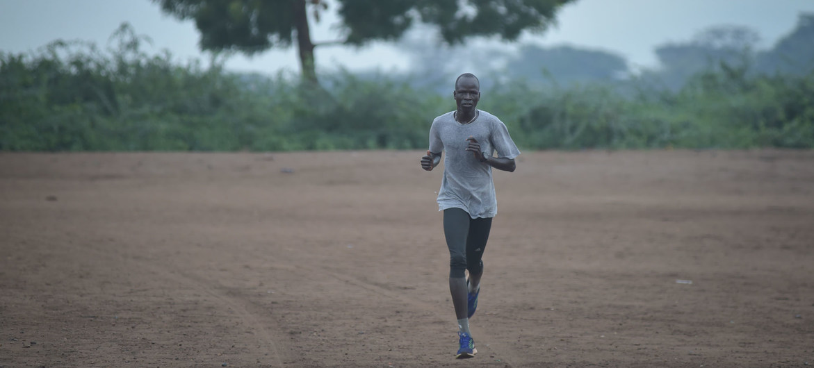 Un réfugié du Soudan du Sud, athlète et olympien, nommé Ambassadeur de bonne volonté du HCR