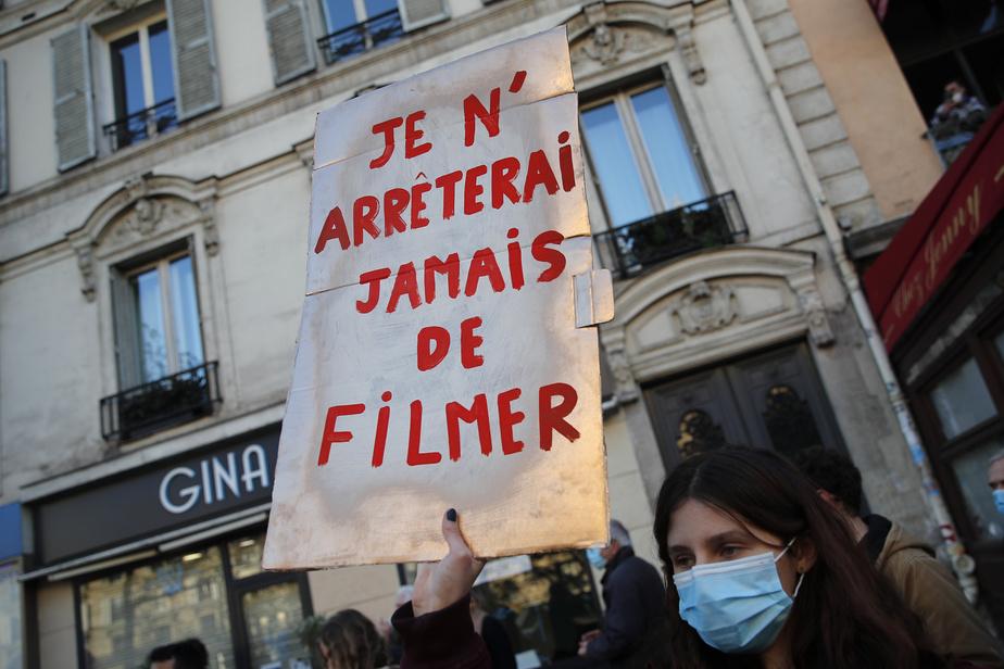 """France : Forte mobilisation contre la loi sur la « sécurité globale"""" à Paris"""