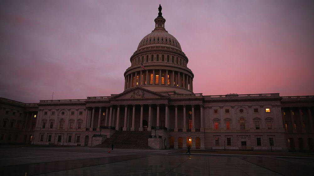 Joe Biden affiche son ambition d'obtenir le contrôle du Sénat