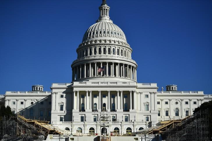 Budget de la défense US: Vote au Congrès pour contourner le veto de Trump