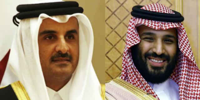 L'émir du Qatar (g) et le prince héritier d'Arabie saoudite