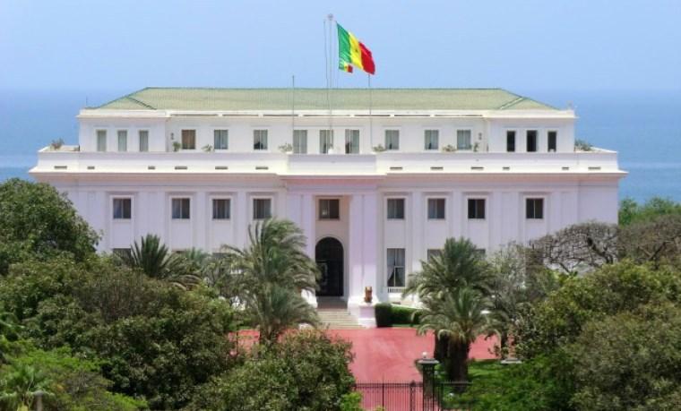« À propos des mercenaires et dames de compagnie du chef de clan Macky Sall » (Opinion d'un citoyen sénégalais de la Diaspora).