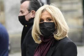 COVID-19 : Brigitte Macron déclarée positive pendant les vacances de Noël