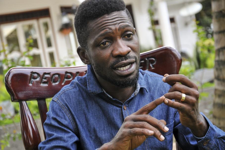 Ouganda: Bobi Wine porte plainte contre l'État pour détention arbitraire