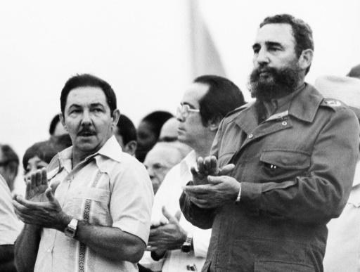 Raul (g) et Fidel Castro dans les années 60