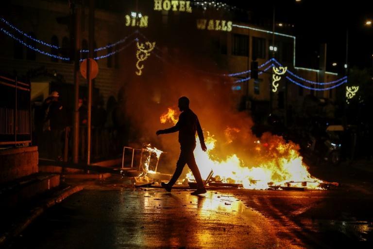 Une nuit de feu à Jérusalem : plus de 120 blessés lors d'affrontements intercommunautaires