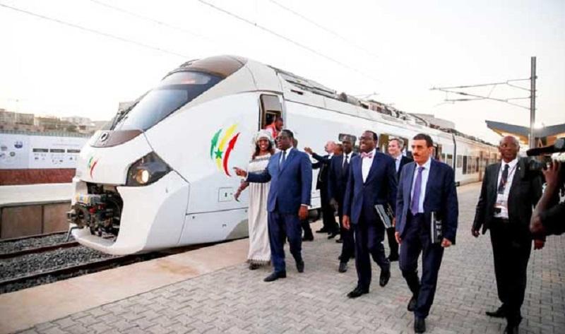 Train express régional : l'exploitation commerciale avant la fin de l'année, selon le président Macky Sall